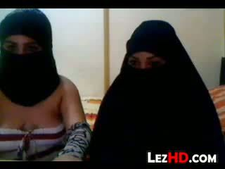 Amateur arab lesbianas