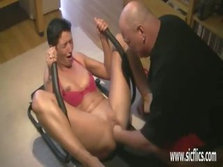 Brutally Fisting His Wife While She Worksout: Free Porn 40