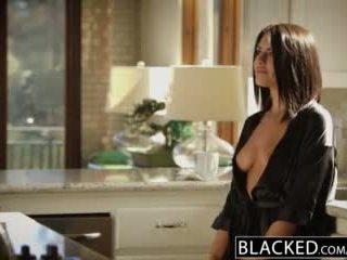 Blacked ผมสีบรูเนท adriana chechik takes trio ของ bbcs