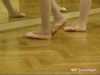 Právne vek teenagerage ballet holky