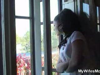 Žmona catches jiems dulkinimasis lauke