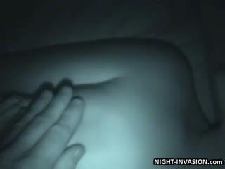 Papusa stroking shaft în somn