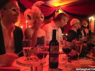 Magma סרט פטיש של מפרפר מסיבה