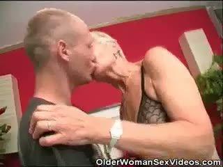 Dentures und blowjobs oma