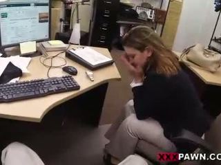 Foxy businesslady gets knullet