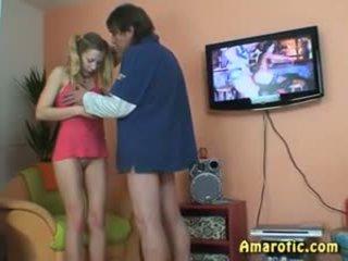 Alt mann - jung mädchen: kostenlos teen porno video 13