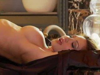 Angela taylor til fest naken