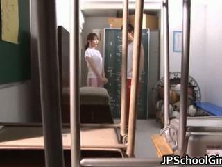 Príťažlivé japonské školáčka sex videá