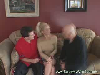 Blond milf husmor mrs. warren er analized hardt