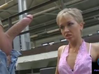 Monique spuszczanie thomas kamień ogromny shaft outdoors: porno 33