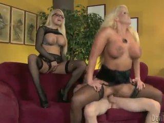 Alura jenson ja jacky joy two suur titted blondes having shaged