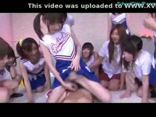 Murid wedok and cheerladers rubbing guy jago with their pussi
