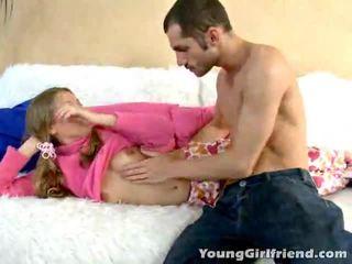 Winsome złoty haired nastolatka gal trinity acquires różowy cipka shaged