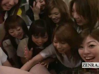 Subtitled cfnm pov kuliste şirret grup ponpon kız oynamak