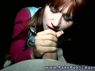 Fake pubblico agent promisses an amatoriale ragazza che lui volontà sborra su suo faccia