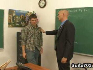 Gay guru troy seks / persetubuhan murid william keras