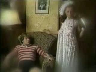 Wicked mor seduces sønn