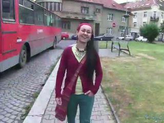 Gražus lulu gets banged iki the agent