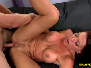 Sexy tanned milf solei shines some sun