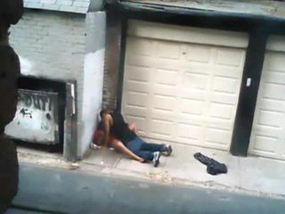 Prostituta dando na calçada centraldaputaria.com.br