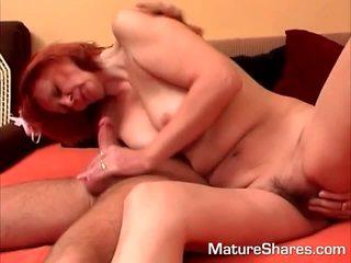 Redheaded mama gets apgraibytas