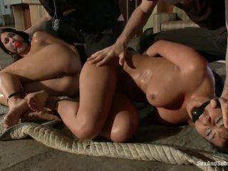 বিনামূল্যে pics এর cops সঙ্গে তাদের cocks আউট