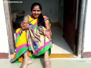 Desi aunty coño espectáculo y bj parte 1 todo